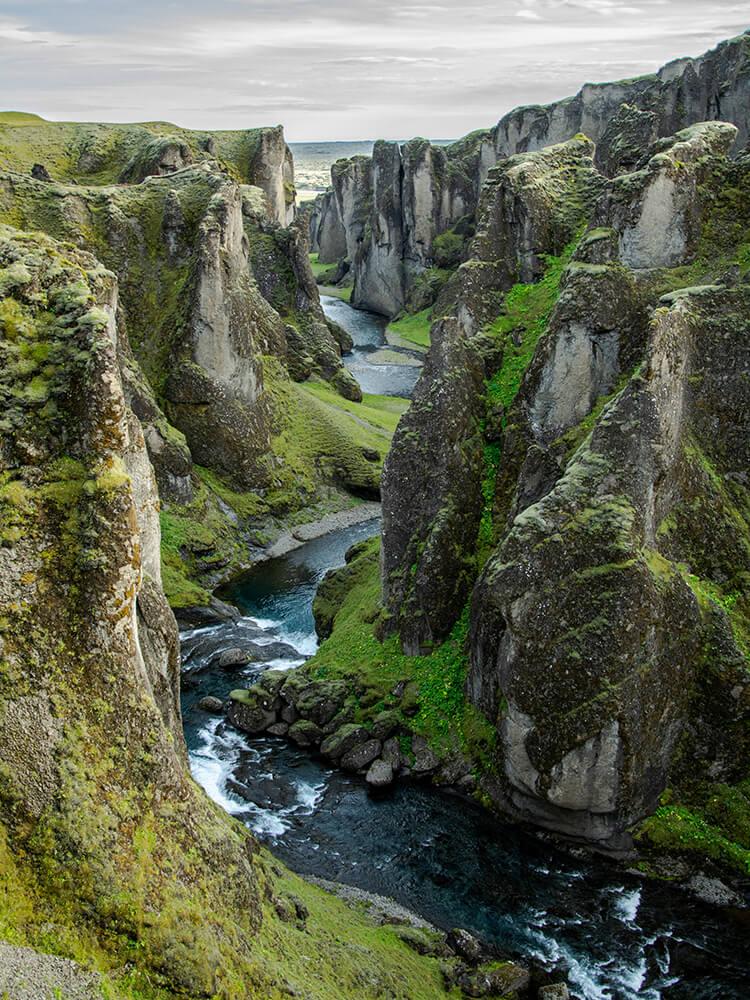 Kanion Fjaðrárgljúfur, Południowa Islandia